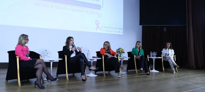 Meeting reúne time de mulheres em debate sobre mercado de trabalho e igualdade de gênero