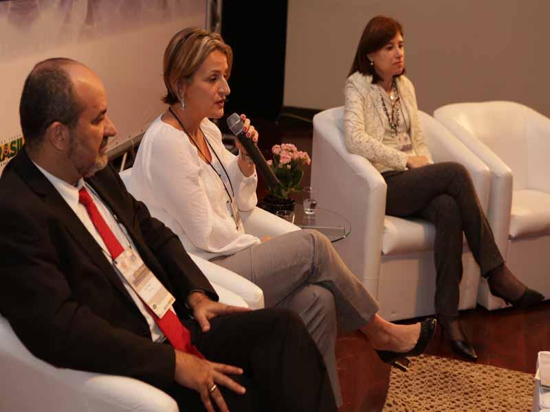Conferência Dupla com Andréa Nocchi e Ana Lúcia Monteiro