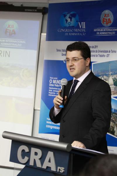 Evento marca lançamento do VII Congresso Mundial de Administração e XII FIA