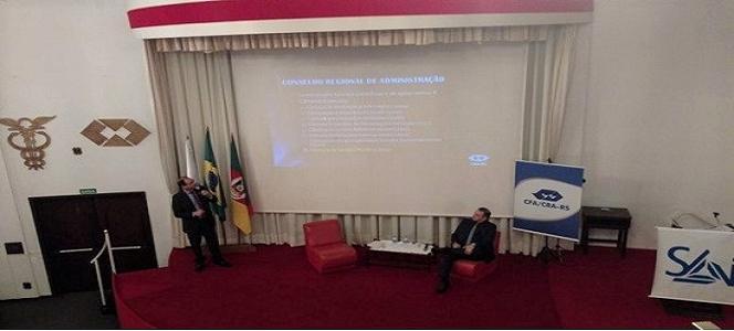 Coordenador da Câmara de Gestão Pública participa da Semana Acadêmica Integrada da Administração